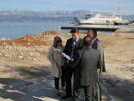 Župan Ževrnja u lučici Vlačica u Supetru označio početak radova